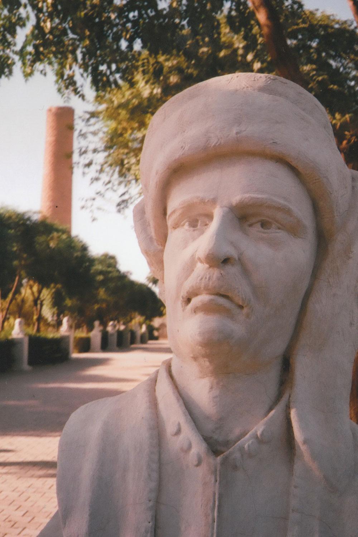 statua-curda