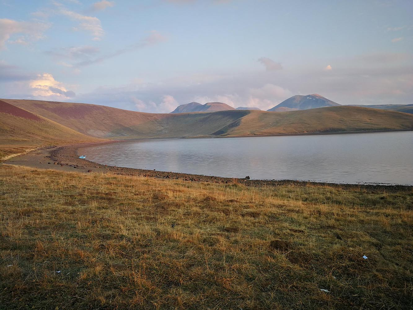 akna lake armenia
