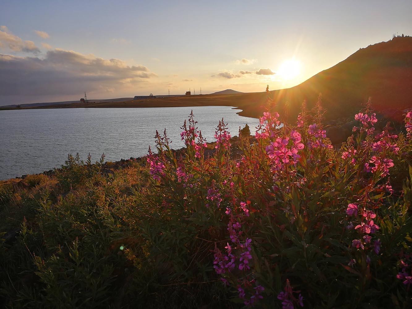kati lich lake armenia