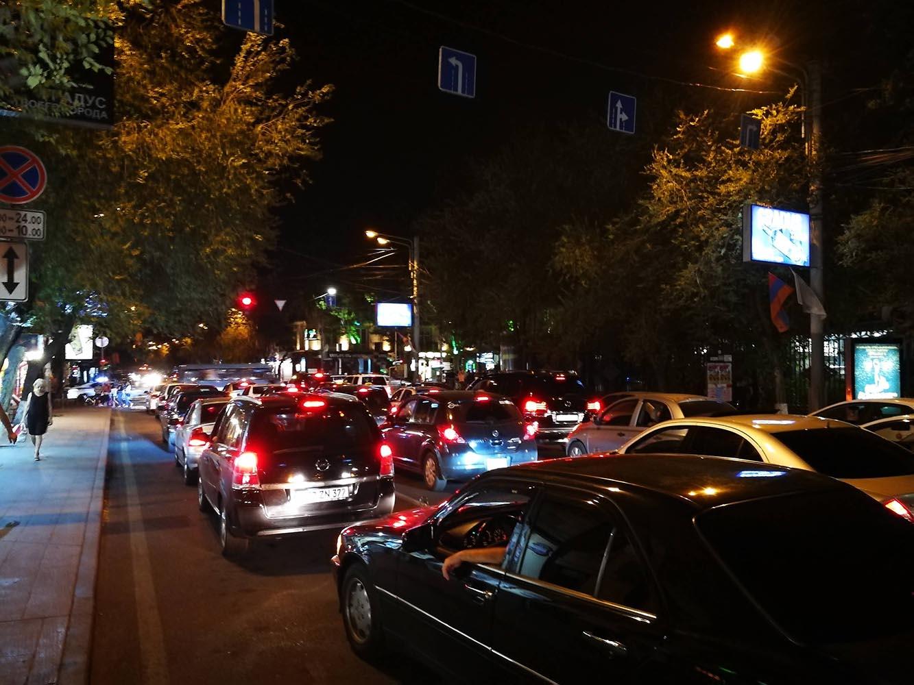 traffic jam yerevan