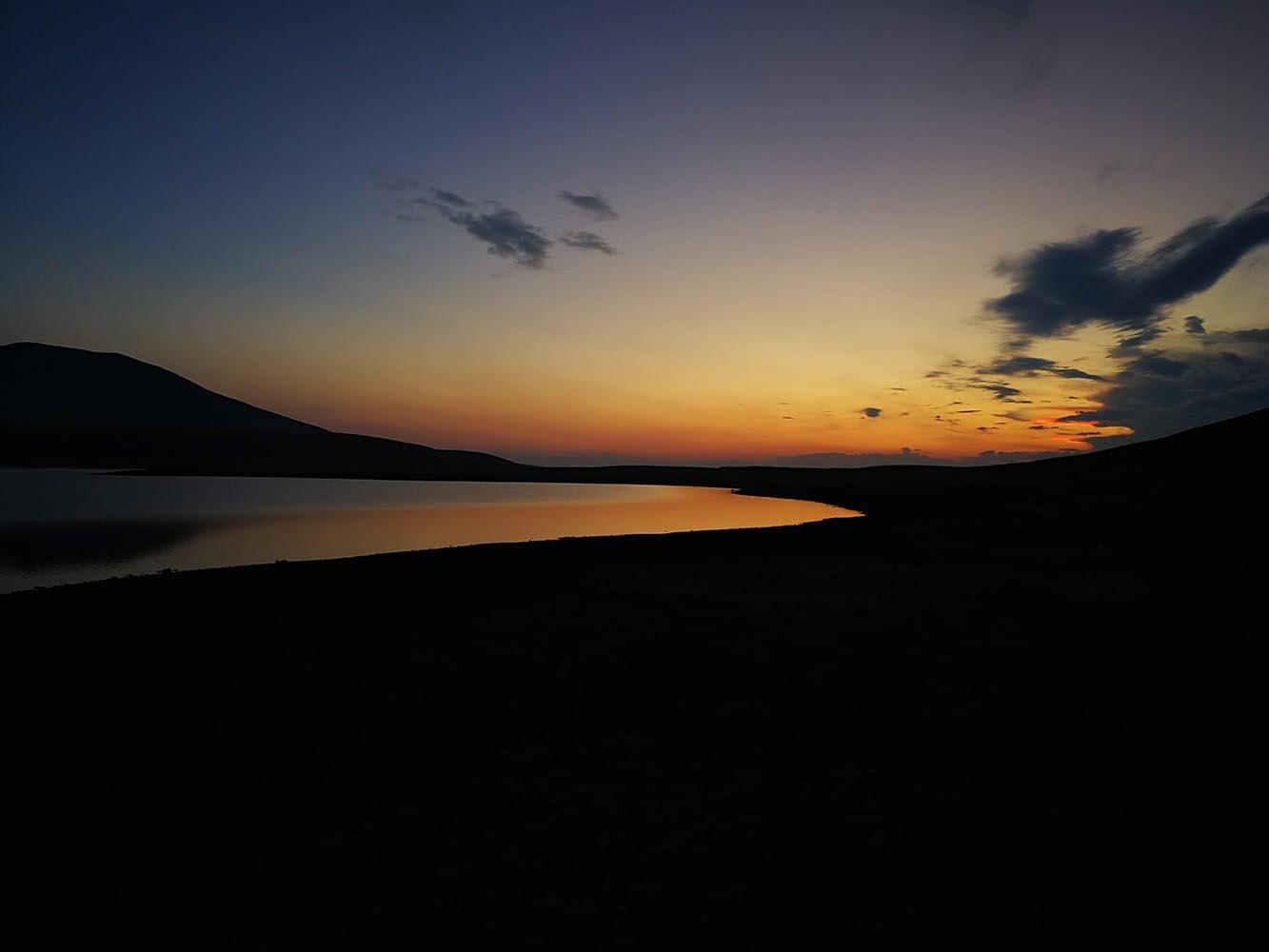 tramonto akna lake