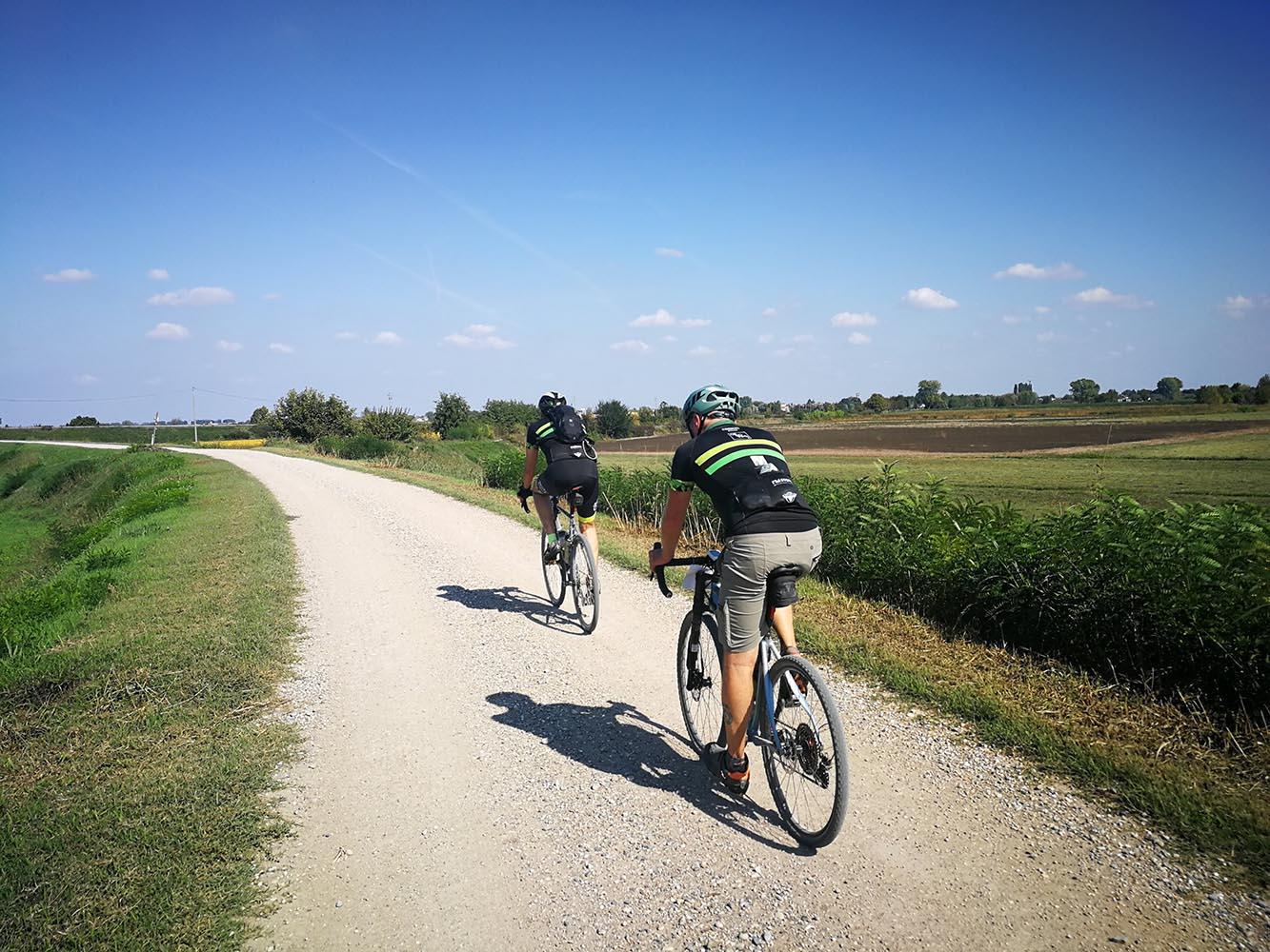 itinerario bici gravel fiume oglio