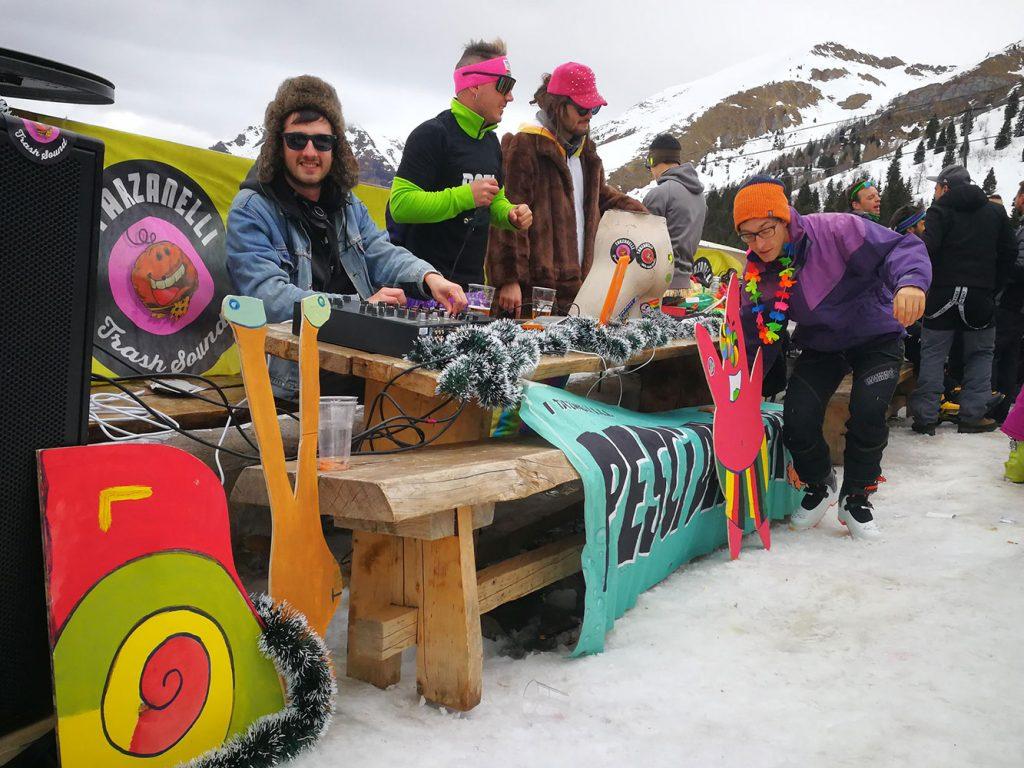 dj tarzanelli ski trash
