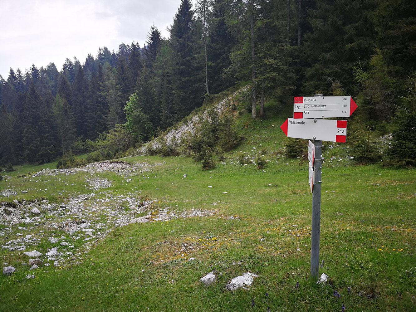 itinerario ad anello rifugio alpe corte