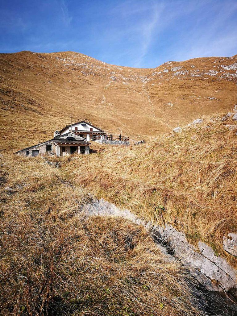 rifugio santamaria in leten