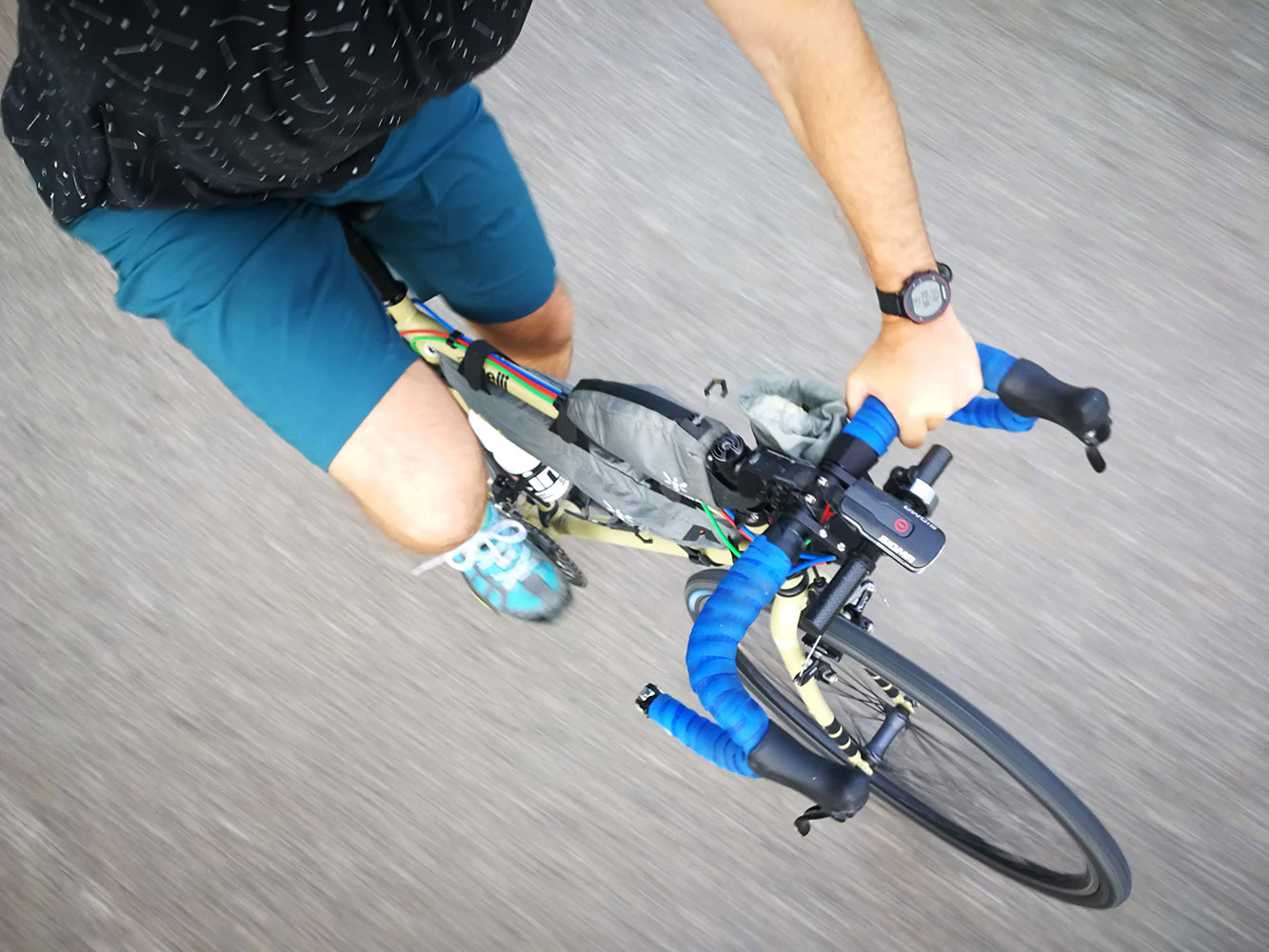 mons royal gravel bike